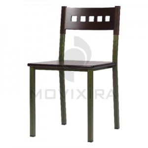 Cadeira em Madeira