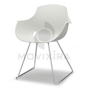Cadeira em Plástico Base Patim Goa
