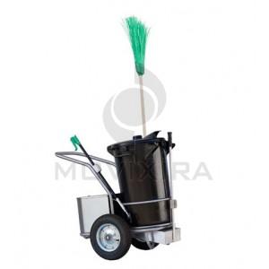 carro de limpeza urbana C1